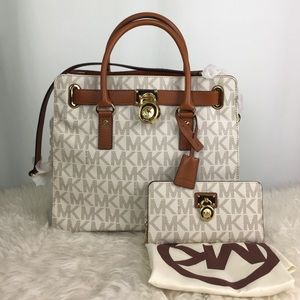 Michael Kors Hamilton Tote Wallet Large Vanilla